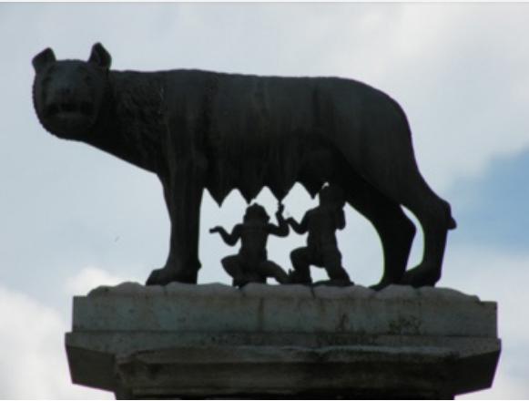 La definizione del mos maiorum, la sua osservanza e la conservazione dell'identità dell'uomo romano-italiano
